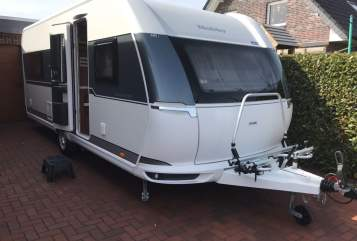 Hire a motorhome in Westerstede from private owners| Hobby Träumer