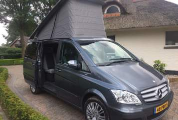 Hire a motorhome in Rotterdam from private owners| Mercedes Benz Viano Mercedes Westfalia