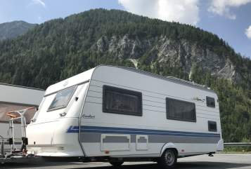 Hire a motorhome in Verl from private owners| Hobby Emma