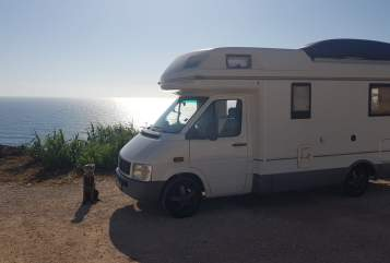 Hire a motorhome in Gelnhausen from private owners  Volkswagen Bulli XXL