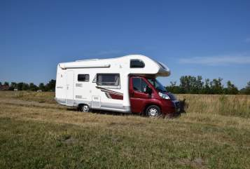 Hire a motorhome in Rathenow from private owners| Fiat WohlfühlMobil