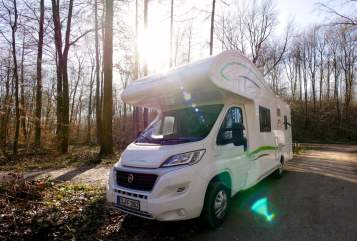 Hire a motorhome in Esslingen am Neckar from private owners| Forster Free