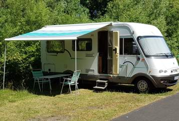 Hire a motorhome in Wiefelstede from private owners| Hymer  Hymi