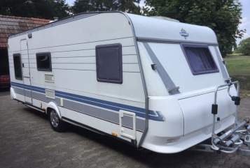 Hire a motorhome in Lilienthal from private owners| Hobby Familienwagen
