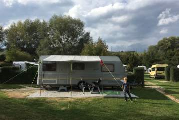 Hire a motorhome in Ahrensburg from private owners| Dethleffs Villa Bambini