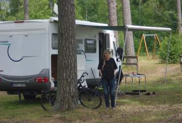Hire a motorhome in Sankt Ingbert from private owners| Hymer hymer b 644