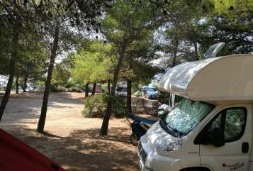 Hire a motorhome in Kamenz from private owners  Fiat Ducato Sea Sun