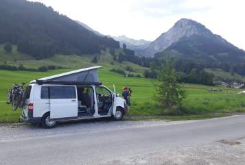 Hire a motorhome in Spenge from private owners| Volkswagen Lightning
