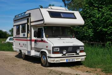 Hire a motorhome in Sankt Ingbert from private owners| LMC Der kleine Lord