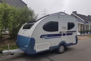 Hire a motorhome in Börnsen from private owners| Adria Hannibal