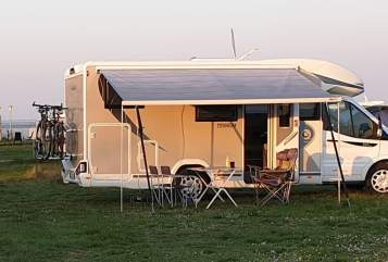 Hire a motorhome in Essen from private owners| Chausson Bruno Family
