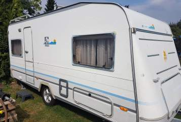 Hire a motorhome in Lübeck from private owners| Knaus Knaus Azur 500