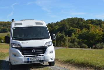 Hire a motorhome in Bad Camberg from private owners| Karmann Travelist