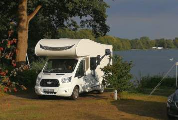Hire a motorhome in Hamburg from private owners| Ford Transit  Blue