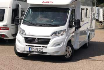 Hire a motorhome in Ratingen from private owners| Dethleffs  Pam