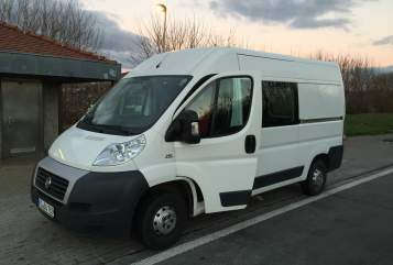 Hire a motorhome in Koblenz from private owners  Fiat BU