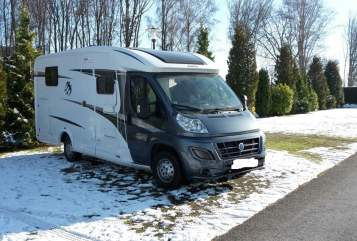 Hire a motorhome in Emsdetten from private owners| Knaus Wolke 7
