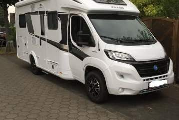 Hire a motorhome in Moers from private owners| Knaus Sunny aus Moers