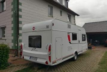 Hire a motorhome in Edemissen from private owners| Büstner Womi