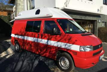 Hire a motorhome in Berlin from private owners  Volkswagen Bussi