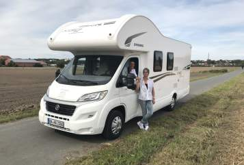 Hire a motorhome in Bergkamen from private owners| Fiat Holly