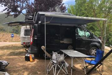 Hire a motorhome in Bochum from private owners  Ford Eimsbüttler
