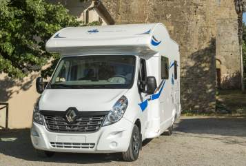 Hire a motorhome in Winterlingen from private owners| Ahorn Harmonie