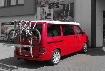 Hire a motorhome in Anröchte from private owners| VW red-bus