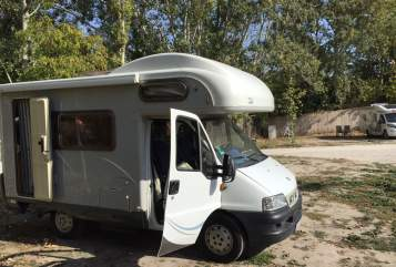 Hire a motorhome in Halle from private owners  Fiat Paul-Emma