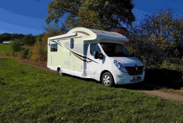 """Hire a motorhome in Aremberg from private owners
