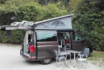 Hire a motorhome in Kassel from private owners| Volkswagen Brownie