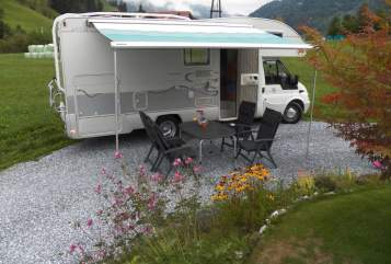 Hire a motorhome in Dorfgastein from private owners| Ford - Transit BO