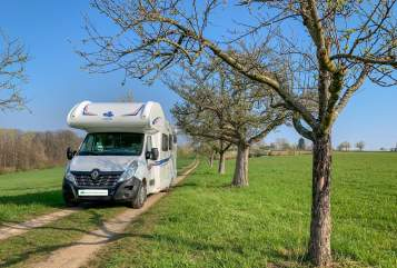 Hire a motorhome in Berlin from private owners| Ahorn D-Hörnchen