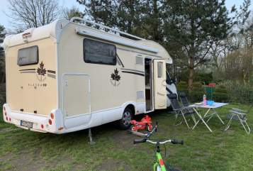 Hire a motorhome in Münster from private owners| Ahorn Veith