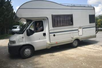 Hire a motorhome in Berlin from private owners| Fiat Ducato Fridolin