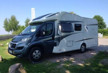 Hire a motorhome in Arnsberg from private owners| Fiat Ducato Fridolin