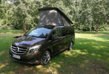 "Hire a motorhome in Bremen from private owners| Mercedes  der ""Manny"""