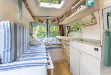 Hire a motorhome in Kiel from private owners| Opel  Lucky