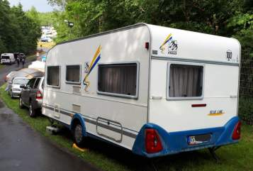 Hire a motorhome in Remscheid from private owners  Knaus Blaue Linie 2