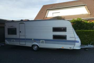 Hire a motorhome in Verl from private owners| Hobby Milian