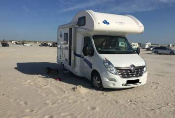Hire a motorhome in Vohenstrauß from private owners| Renault / Ahorn Eddy