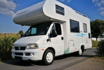 Hire a motorhome in Bardowick from private owners| Weinsberg Orbi