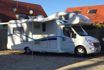 Hire a motorhome in Herford from private owners| Renault Schusterscamper