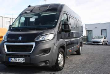 Hire a motorhome in Gehrden from private owners| Brawia Hans 2