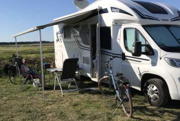 Hire a motorhome in Rhede from private owners| Rîmor  Holly