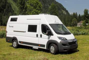 Hire a motorhome in Lawalde from private owners| Clever BigFamilyVAN