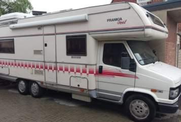 Hire a motorhome in Schönewalde from private owners| Fiat Maritime
