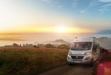 Hire a motorhome in Weihmichl from private owners| Knaus Boxy