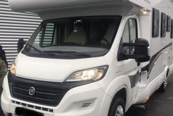 Hire a motorhome in Gimbsheim from private owners| XGO 95 G Dynamic Alkoven Rimor Wohnmobil