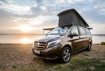 Hire a motorhome in Leipzig from private owners| Mercedes-Benz 4Matic Marco
